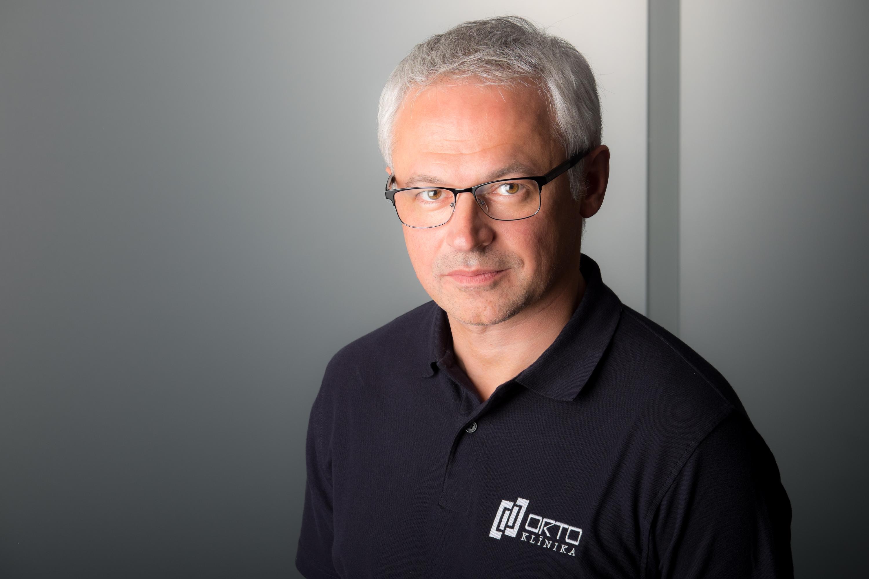 Dr.Andrejs PEREDISTIJS, raksts presē par locītavu ārstēšanu
